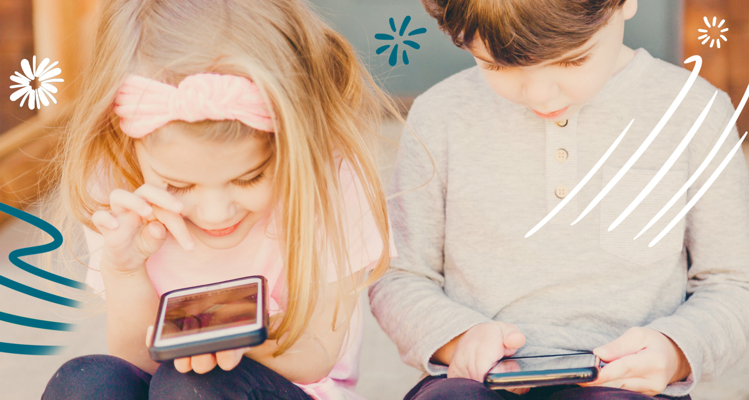 children playing phone - App For Parents To Monitor Their Children
